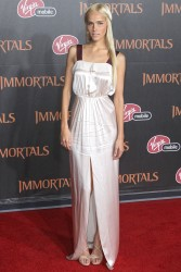 Изабель Лукас, фото 548. Isabel Lucas 'Immortals 3D' Los Angeles premiere at Nokia Theatre L.A. Live on November 7, 2011 in Los Angeles, California, foto 548