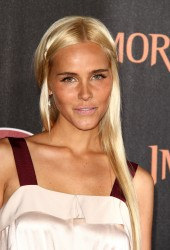 Изабель Лукас, фото 561. Isabel Lucas 'Immortals 3D' Los Angeles premiere at Nokia Theatre L.A. Live on November 7, 2011 in Los Angeles, California, foto 561