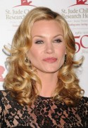Наташа Хэнстридж, фото 860. Natasha Henstridge St Jude Children's Research Hospital Gala in Los Angeles - January 7, 2012, foto 860