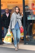 Джессика Альба, фото 25386. Jessica Alba out shopping in Paris, France, March 2, foto 25386