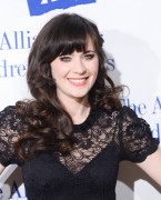 Зуи Дешанель, фото 1730. Zooey Deschanel Alliance For Children's Rights Annual Dinner in Beverly Hills - March 1, 2012, foto 1730