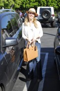 Джули Бенц, фото 1156. Julie Benz leaving Mauros Cafe in Melrose - March 3, 2012, foto 1156