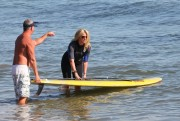 Рэйчел Хантер, фото 432. Rachel Hunter at a Malibu beach - 04/03/12, foto 432