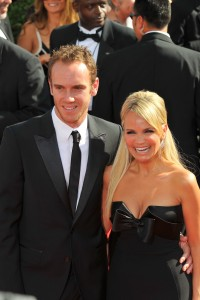 KRISTIN CHENOWETH - Emmy Awards - Red Carpet - (2007) - *cleavage*